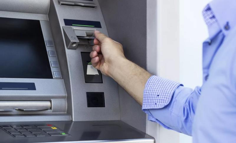 Пополнить счет Ростелеком с банковской карты: все возможные способы